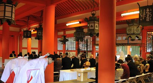 Wedding_Shinto_Miyajima_April_2010