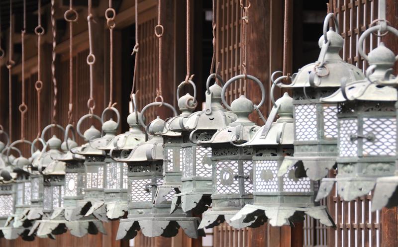 Nara_Kasuga Lanterns_April_2010