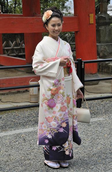 Kyoto_Kimono Lady_001