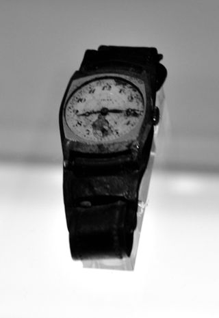 Hiroshima_Stopped Watch_April_2010