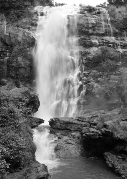 Waterfall_BW_02